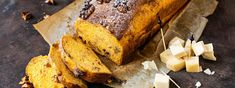 Süsskartoffelbrot mit Baumnüssen - Rezept | Swissmilk Banana Bread, Desserts, Food, Potato Mashers, Mother's Day, Oven, Tailgate Desserts, Dessert, Postres