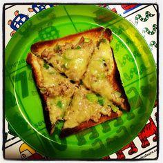 Easy Toddler Food: Tuna Melt