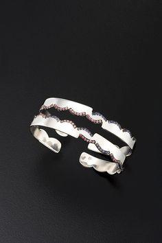 Feiruz Shuheiber-Bangles in silver 925,pink sapphire & iolite.