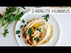 The BEST Hummus recipe that's not only fast and easy (just 3 minutes), it's super creamy and delicious. Learn how to make hummus from a handful of fresh ingredients! Vitamix Recipes, Healthy Recipes, Healthy Snacks, Cooking Recipes, Healthy Hummus, Best Vitamix Blender, Chickpea Hummus, Garlic Hummus, Blender Recipes