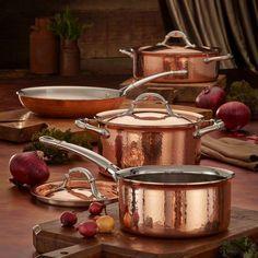 Kitchen Pans, Copper Kitchen, Kitchen Stuff, Kitchen Gadgets, Kitchen Ideas, Copper Cookware Set, Copper Pots, Hammered Copper, Kitchen Organization Pantry