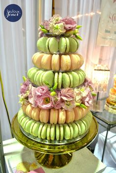 Cake Macaron Tower 2 tone