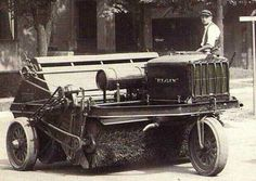 A Vintage Elign Street Sweeper Picture.  #FlashbackFriday #StreetSweeper #CSGConSvcGrp