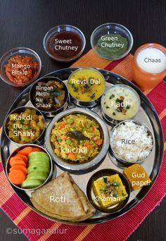 Veggie Platter: A Simple Gujarati Thaali Gujarati Cuisine, Gujarati Recipes, Indian Food Recipes, Vegetarian Recipes, Cooking Recipes, Gujarati Thali, Nepali Food, Desi Food, Indian Street Food