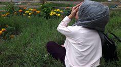 Hijab Dp, Girl Hijab, Muslim Girls, Muslim Women, Insta Dp, Modele Hijab, Hijab Fashionista, Instagram Pose, Insta Photo Ideas