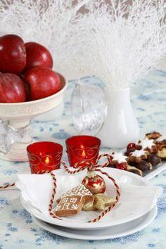 christmas table ideas1.jpg