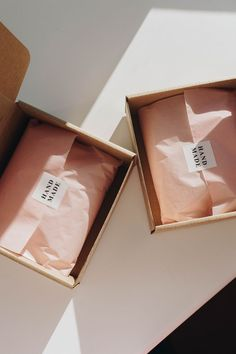 iebis - packing up Etsy orders. Clothing Packaging, Fashion Packaging, Jewelry Packaging, Brand Packaging, Box Packaging, Pretty Packaging, Packaging Design Inspiration, Box Design, Polymer Clay Jewelry