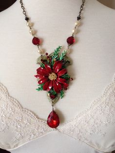 Vintage poinsettia brooch, repurposed hinge Christmas necklace from Vintagefrivolity on Etsy