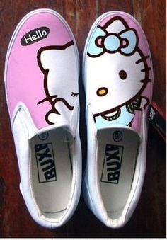 Very Cute Summer Shoes. These Shoes Will Look Good With Any Outfit. Painted Canvas Shoes, Painted Sneakers, Hand Painted Shoes, Painted Toms, Youth Shoes, On Shoes, Me Too Shoes, Shoe Boots, Hello Kitty Shoes
