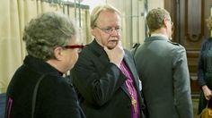 Arkkipiispa Kari Mäkinen ottaa Facebookissa kantaa maaliskuun alussa voimaan tulleeseen avioliittolain muutokseen.