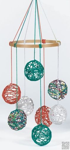 2. Yarn #Balls - 29 DIY Mobile #Projects for Nimble #Fingers ... → DIY #Mobiles