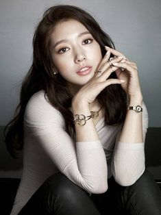 MAMA 2015: Park Shin Hye And Kim So Eun Will Appear As Award Presenters