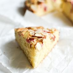 Norwegian Rhubarb and Almond Cake ~ a delicate breakfast or snack cake that features the unusual combination of tart rhubarb with almond. Rhubarb Recipes, Rhubarb Desserts, Rhubarb Cake, Cake Show, Food Cakes, Bakery Cakes, Round Cake Pans, Almond Cakes, Breakfast Cake