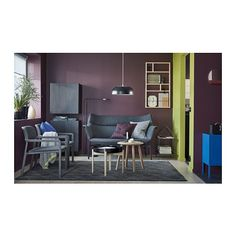 YPPERLIG Nástěnná police IKEA Malé, dekorativní úložné řešení, které můžete zavěsit na dveře nebo na jiné úzké místo.