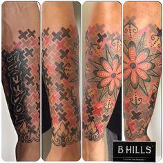 #dotwork #arm #dotworktattoo #tattoo #ink #tattoo #mandala #red #cross #freedom #lettering #damascato #decoration #black #redtattoo #grey #tattooartist #ladyoktopus