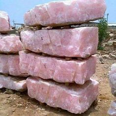 Wowzers....Check out these huge Rose Quartz Slabs! Aren't they fabulous?   ♥♥ Total #crystalbliss here!!