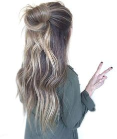 20 Hairstyles That Are Perfect For Going Out - Society19 : 20 Hairstyles That Are Perfect For Going Out - Society19 #Hairstyles #That #Perfect Beach Hairstyles For Long Hair, Hairstyles Haircuts, Cool Hairstyles, Buns For Long Hair, Straight Hairstyles, Long Haircuts, Summer Hairstyles, Brown Hair Looks, Light Brown Hair