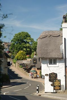 Shanklin village on the Isle of Wight, England. Photo by Peter Trimming http://www.geograph.org.uk/profile/34298