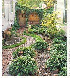 Love this side garden