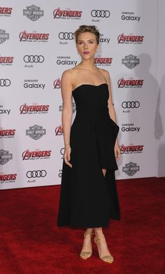 The 50 Best Celebrity Armsand Tips on How to Get Them - Scarlett Johansson | StyleCaster