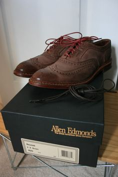 Allen Edmonds Neumok Brown size 8D