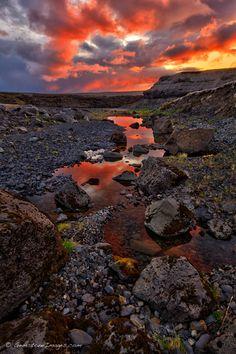 ~~Midnight sunset ~ Highlands, Iceland by Scott Dimond~~