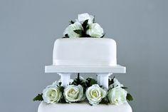 Olivier Burnside Fine Art Reportage Wedding Photographer. Wedding Cake Contemporary Minimal