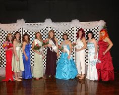 Pageant Dresses, Formal Dresses, Costumes For Women, Female Costumes, Womanless Beauty Pageant, Beauty Contest, Looking Gorgeous, Beautiful, Crossdressers