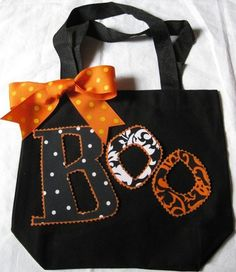 Super cute for a trick or treat bag - I am going to make this!