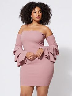 black women curves near Curvy Girl Outfits, Sexy Outfits, Plus Size Outfits, Fashion Outfits, Fashion Tips, Stylish Outfits, Preppy Outfits, Women's Fashion, Fashion Vintage