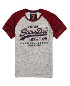 This classic baseball-style t-shirt features contrast colour Raglan sleeves, a rubberised Superdry Premium Goods logo across the chest and is finished with a bi-colour logo tab on the side seam. Camisa Polo, Polos Lacoste, Best T Shirt Brands, Design Kaos, Raglan T-shirt, Superdry Mens, Superdry Style, Funny Shirt Sayings, Moda Casual