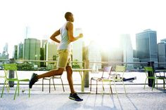 Why do my feet go numb when I'm running? Get the answer.