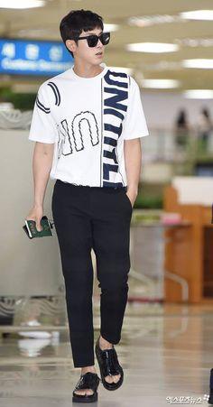 【画像】7/17 ① ありがとう‼ カッコいい‼ ユノ帰国 空港ショット|ユノが好きすぎるおちゃめブログ