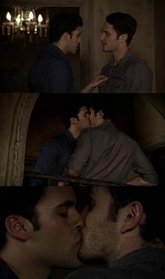 josh and aiden made out again in the originals thanks jesus