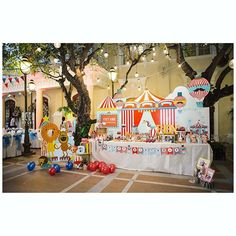 #lovely #party #dessertable #birthday #boy #babyshower #partydecoration #red #blue #circus #light #beautiful #kids #cute #circustheme #GEEKsg #saigon #2015 #sinhnhat #1st #birthdayparty #photobooth #cakes #food