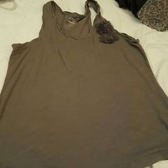 Old Navy gray tank Gray racer back tank with flower Old Navy Tops Tank Tops