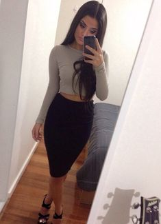 Spring Outfit - Pencil Skirt - Crop Top - Heels
