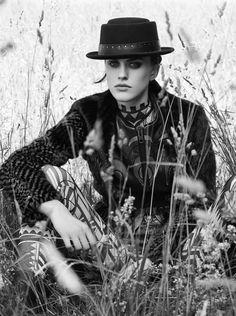 《Numéro》八月刊黑白时尚大片摄影 Victor Demarchelier