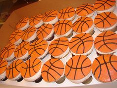 Basketball cupcakes for J Sports Themed Birthday Party, 8th Birthday, Birthday Parties, Themed Parties, Birthday Cakes, Basketball Cupcakes, Basketball Birthday, Party Themes For Boys, Party Desserts