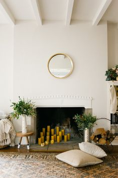 Wit and Delight. How to keep a fireplace relevant all year long. Decoration Inspiration, Room Inspiration, Interior Inspiration, Decor Ideas, Home Interior, Interior And Exterior, Interior Decorating, Decorating Ideas, Style At Home