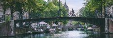 Hollantiin matkustaminen maata pitkin junalla tai bussilla Lund, Sydney Harbour Bridge, Amsterdam, Travel, Viajes, Destinations, Traveling, Trips