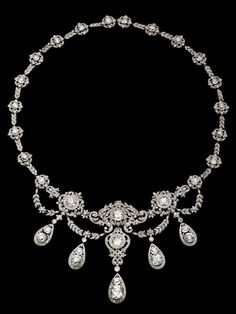 The Wade family necklace, created for the wife of the heir to the Western Union fortune, c. 1900.Designer unknown.