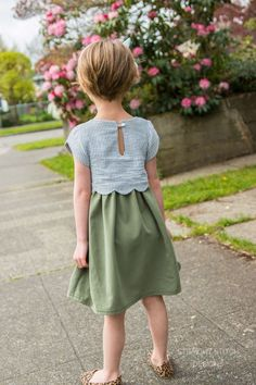 Sullivan Dress - Scalloped Girls Dress Pattern - sooo cute!