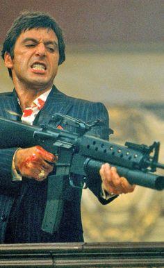 Scarface in Al Pacino, Steven Bauer, Michelle Pfeiffer, Mary Elizabeth Mastrantonio. Al Pacino, Iconic Movies, Classic Movies, Great Movies, 90s Movies, Movie Stars, Movie Tv, Movie Scene, Scarface Movie