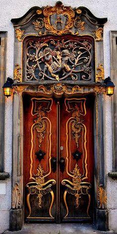Door in Gdansk