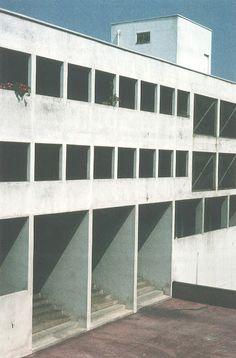 """ALDO ROSSI Complesso abitativo """"Monte Amiata"""", Quartiere Gallaratese, Milano 1967-1972"""