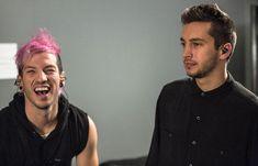 Josh Dun and Tyler Joseph from twenty one pilots on the quiet is violent tour
