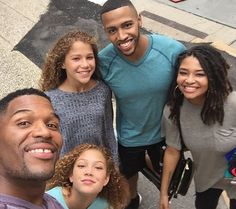 Michael Strahan And His Children Share Cute Family Vacation Photos #MichaelStrahan celebrityinsider.org #Entertainment #celebrityinsider #celebrities #celebrity #celebritynews
