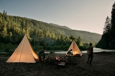 Happy Campers Make Your Next Camping Trip A Success With These Tips. During a camping trip, you typically do not have access to a kitchen, heating or air conditioning. Adventure Awaits, Adventure Travel, Ecuador, Bucket List For Girls, Photography Beach, Scenery Photography, Photos Voyages, Before I Die, By Train