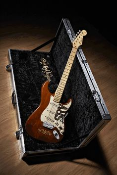 """Steve Ray Vaughan (""""Lenny"""") Startocaster Guitar Limited edition guitar available from Fender® Dec. 12th The Mickey Mantle Connection Lenora """"Lenny"""" Vaughan, Stevie Ray Vaughan's wife, gave this guitar to her husband on his 26th birthday (Oct 3, 1980). It is a 1965 maple-neck Fender Stratocaster with a rosewood fingerboard and"""